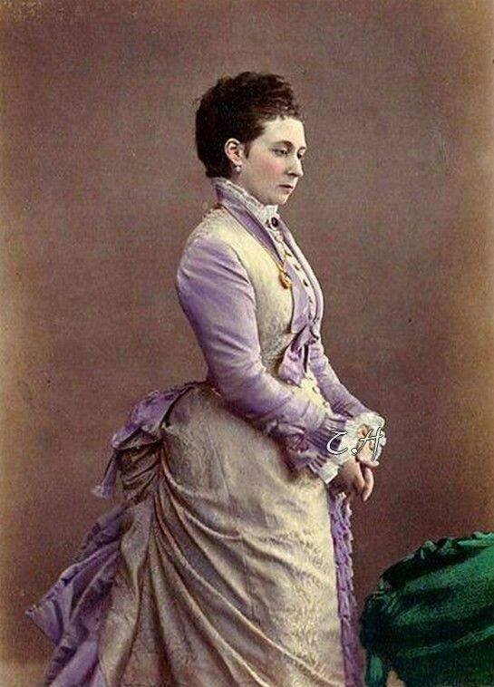 Princess Alice of the United Kingdom Princess Alice Maud Mary, the third child of Queen Victoria and Prince Albert, was born on April 25, 1843, at Buckingham Palace. She was the best-looking of Victoria's daughters, but she was also kind and compassionate.