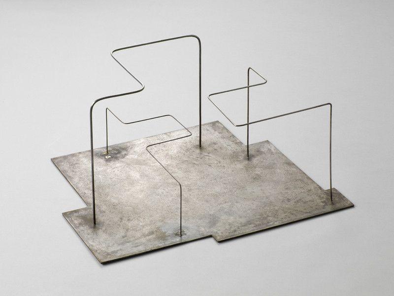 Norbert Kricke Fläche Und Raum, 1950 Steel 26,5 X 51 X 43 Cm