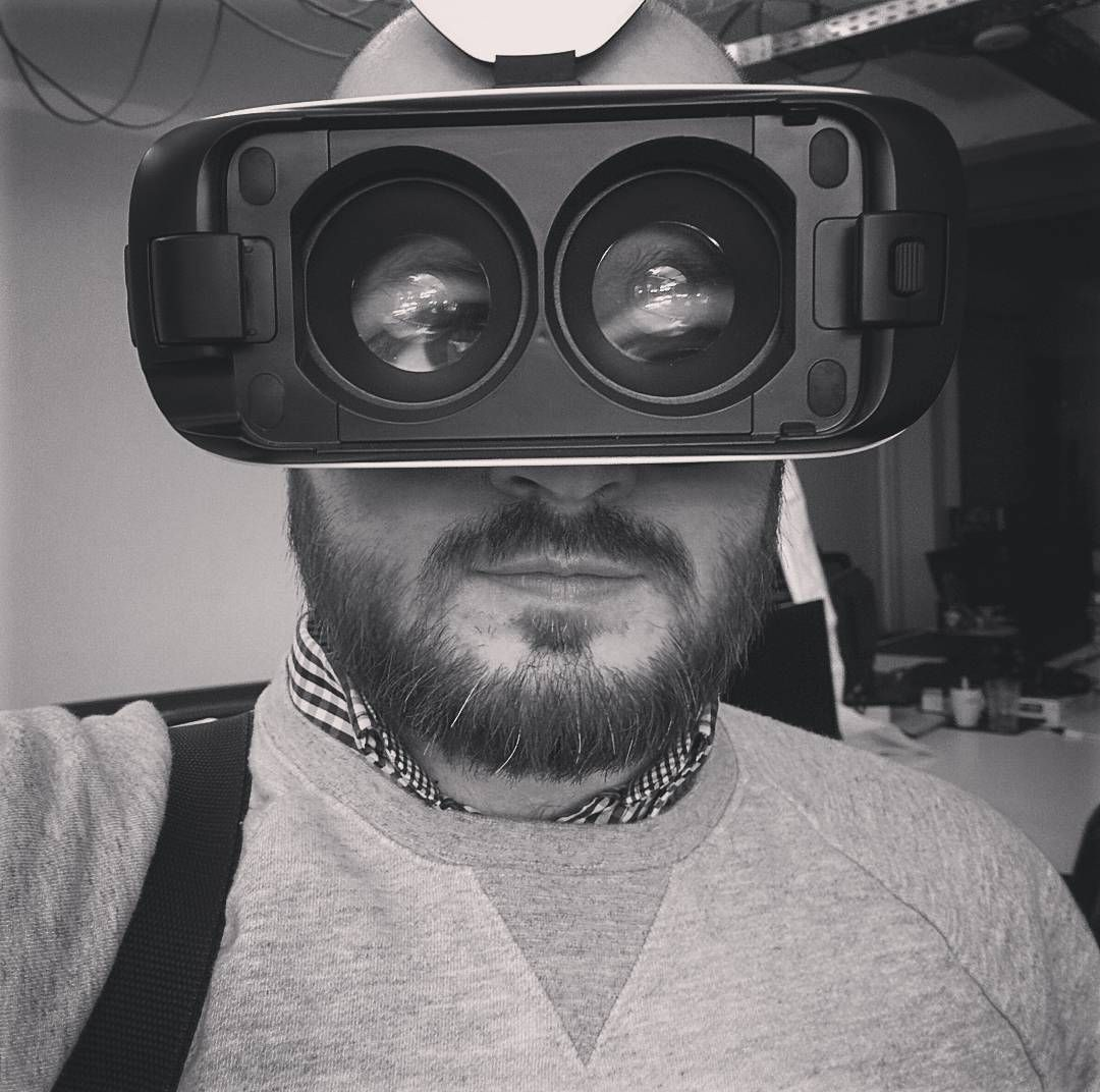 An awesome Virtual Reality pic! working on some projects for the #gearvr #virtualreality by showmephotos check us out: http://bit.ly/1KyLetq