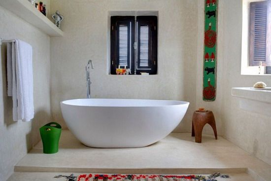 Delightful Mix of Traditional and Modern in a Moroccan Country Home: http://bit.ly/yYAUHh