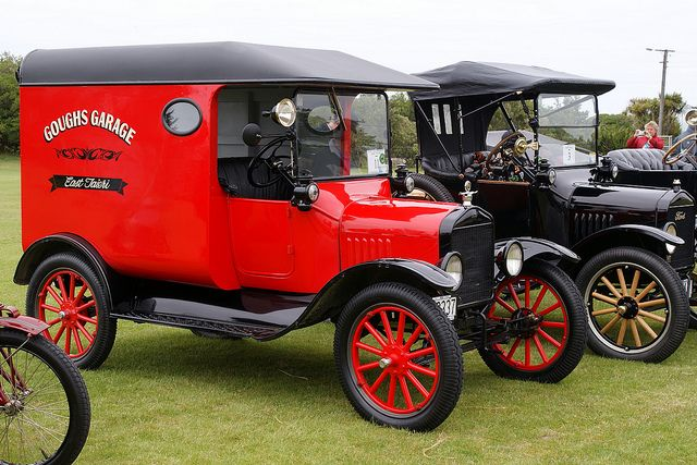 1918 Ford Model T Van Ford Models Car Ford Ford Classic Cars