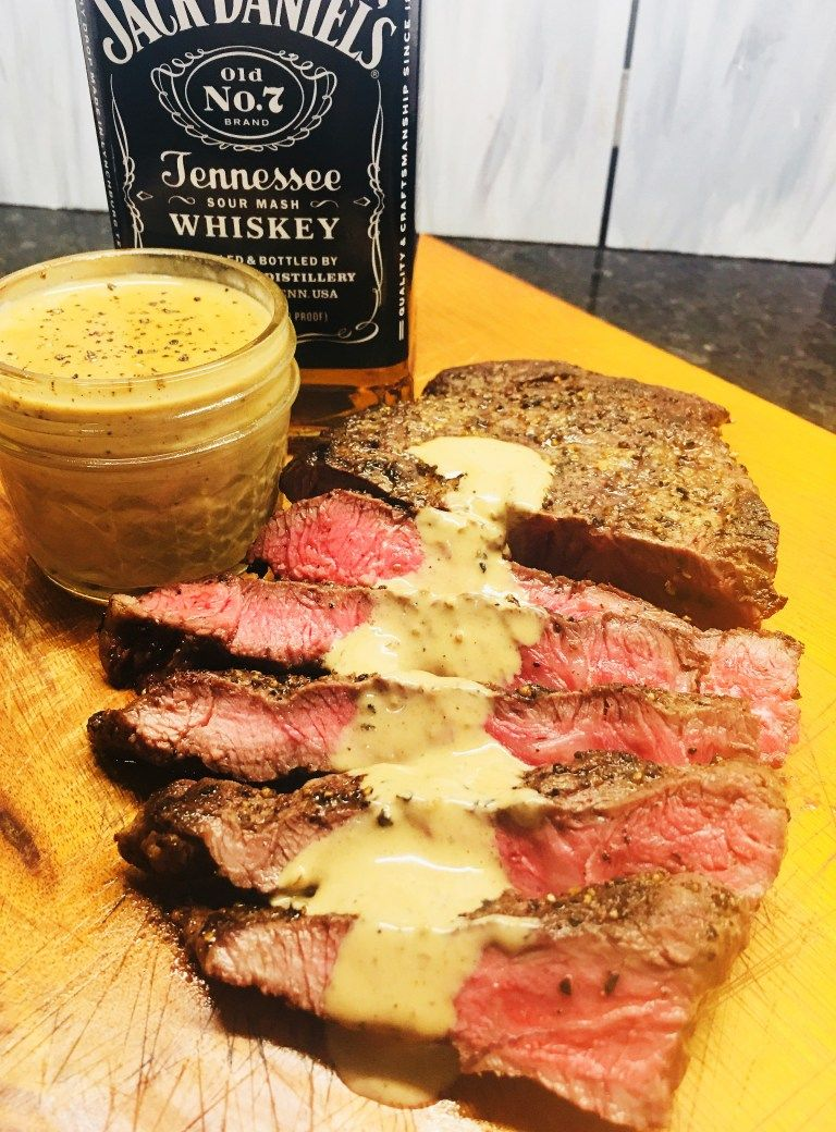 Flat Iron Steak With Whiskey Cream Sauce Recipe Dinner Recipes
