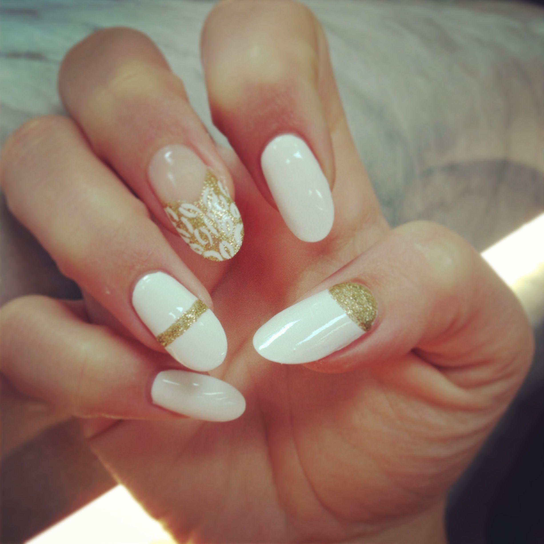 Almond white & gold nails | Nails | Pinterest | White gold nails ...