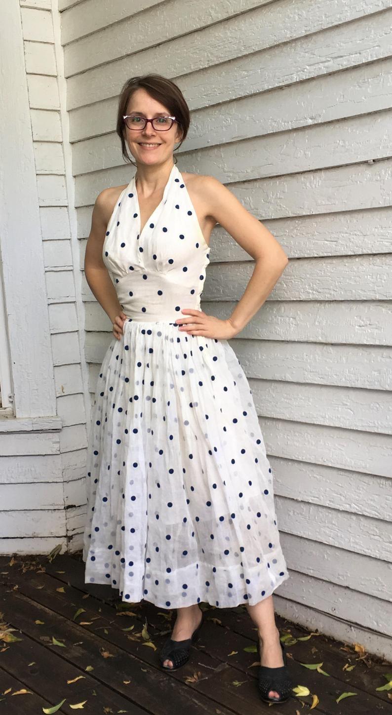 50s Polka Dot Halter Dress Summer Sun Sleeveless White Vintage Xs Xxs Halter Dress Summer Dresses Full Skirt Dress [ 1448 x 794 Pixel ]