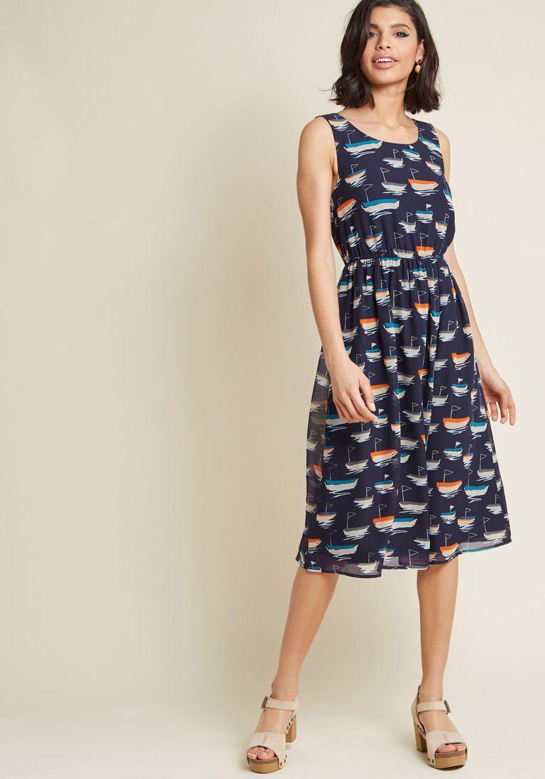 4446ea2b368 Surprise Essential Midi Dress in Sailboats in XXS - Sleeveless A-line