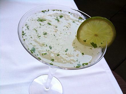 Gimlet - gin, lime juice