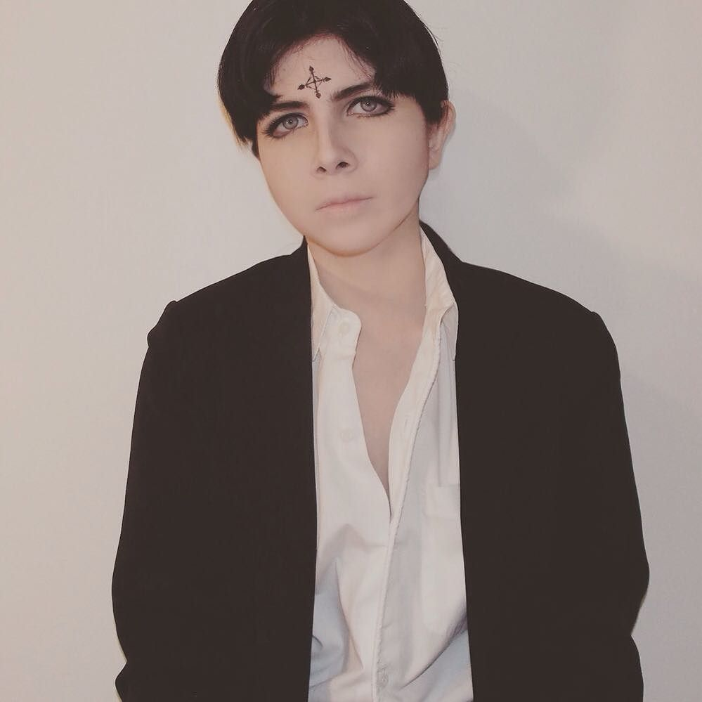 Sometimes I decide to take photo with a proper camera hue. More Chrollo because he's a cinnamon roll. #cosplay #costest #hunterxhunter #hunterxhuntercosplay #chrollolucilfer #chrollolucilfercosplay #cosplayer #cosplaymakeup