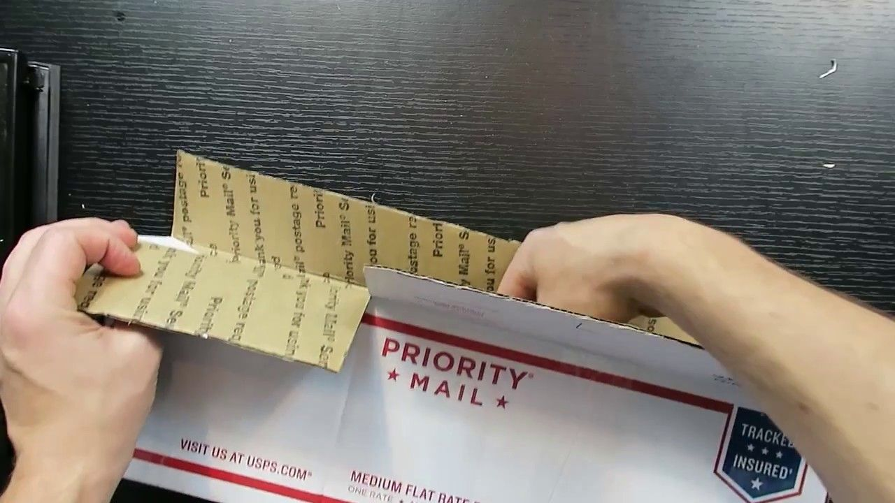 A neat trick for making a custom size box for shipping
