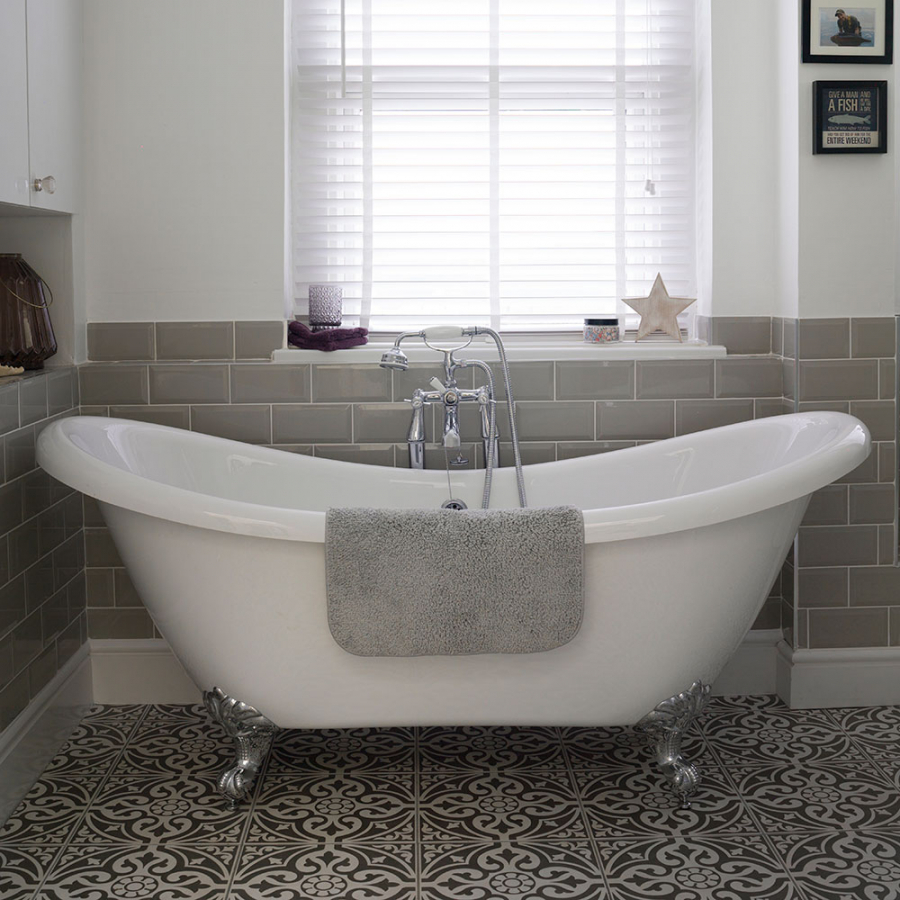 101 Bathroom Ideas Roll Top Bath Patterned Floor Tiles Roll Top Bath Victorian Bathroom
