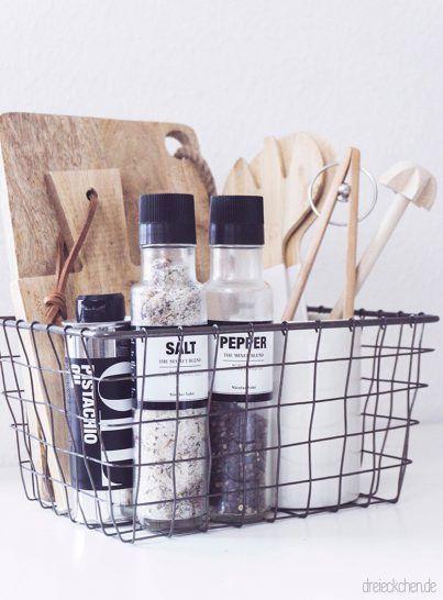 Ordnungstipps für eine aufgeräumte Küche mit IKEA Hack - Vom Billy Regal zum Küchenschrank im Scandi-Stil › dreieckchen - Lifestyle Blog #dreimalanders #ikeakeuken