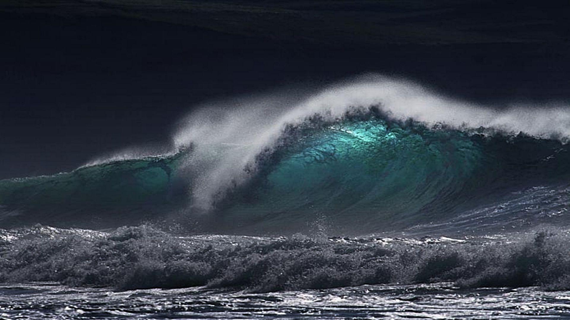 жизни шторм в океане картинка на телефон люстру нельзя сравнить