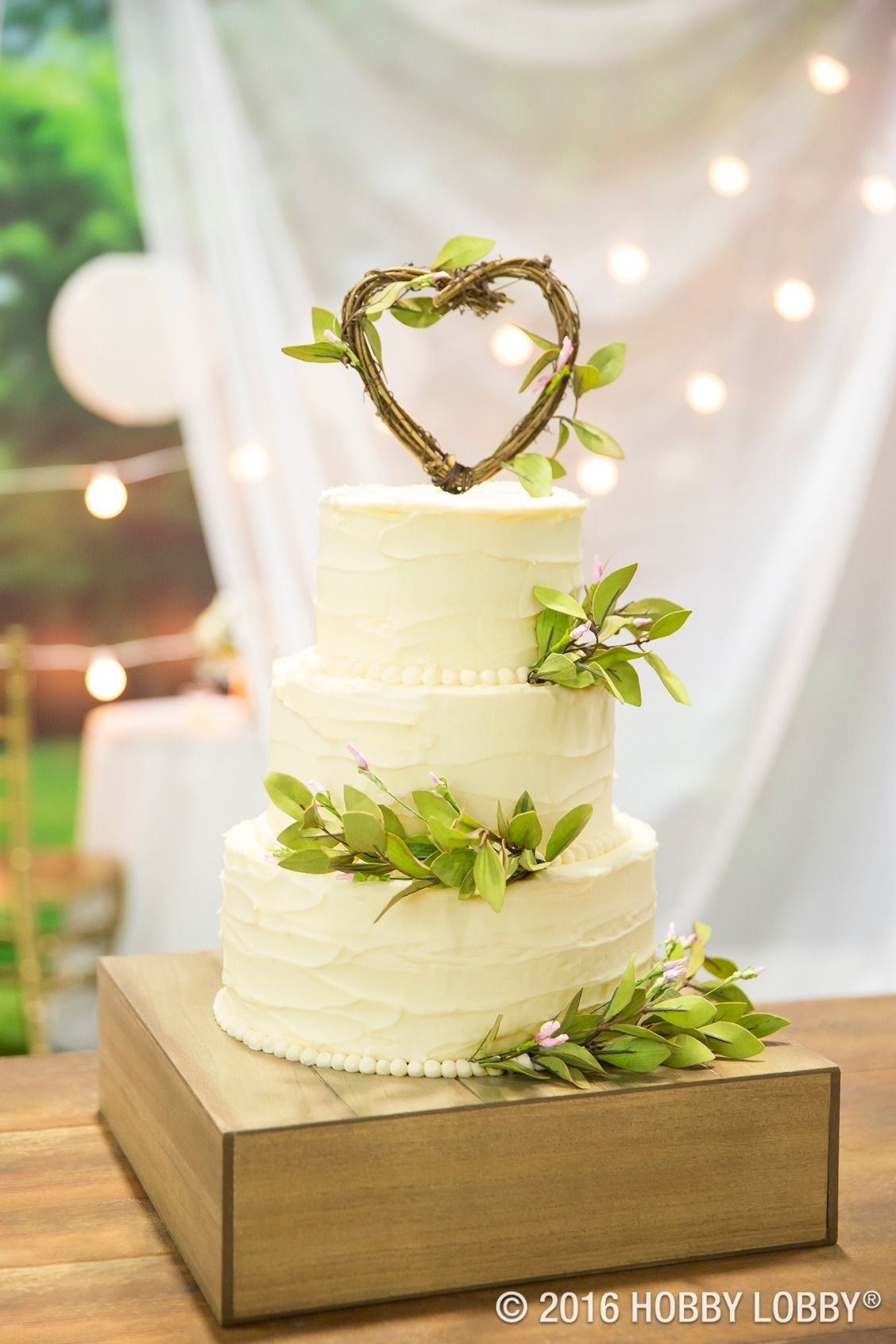 Tea leaves and a grapevine topper make for a cake that\'s as charming ...