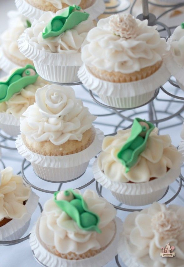 Pea in a Pod Baby Shower Cupcakes on Sweetopia
