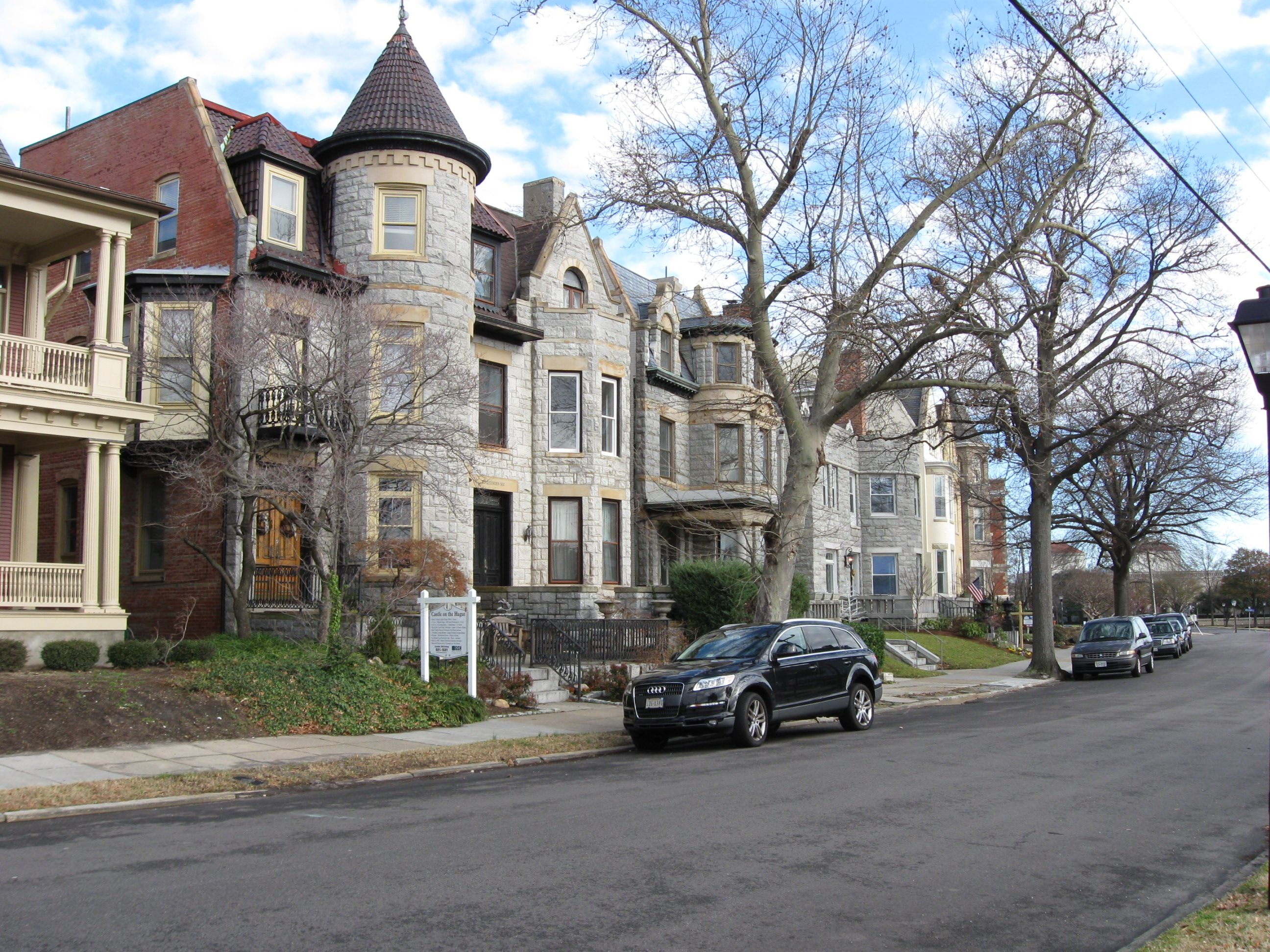 Historic Homes In Norfolk Va: Ghent Norfolk , Virginia I Keep Saying It- Take A Walk Or