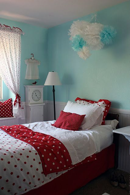 Red and turquoise girl\'s bedroom. thinking about this bedding for ...