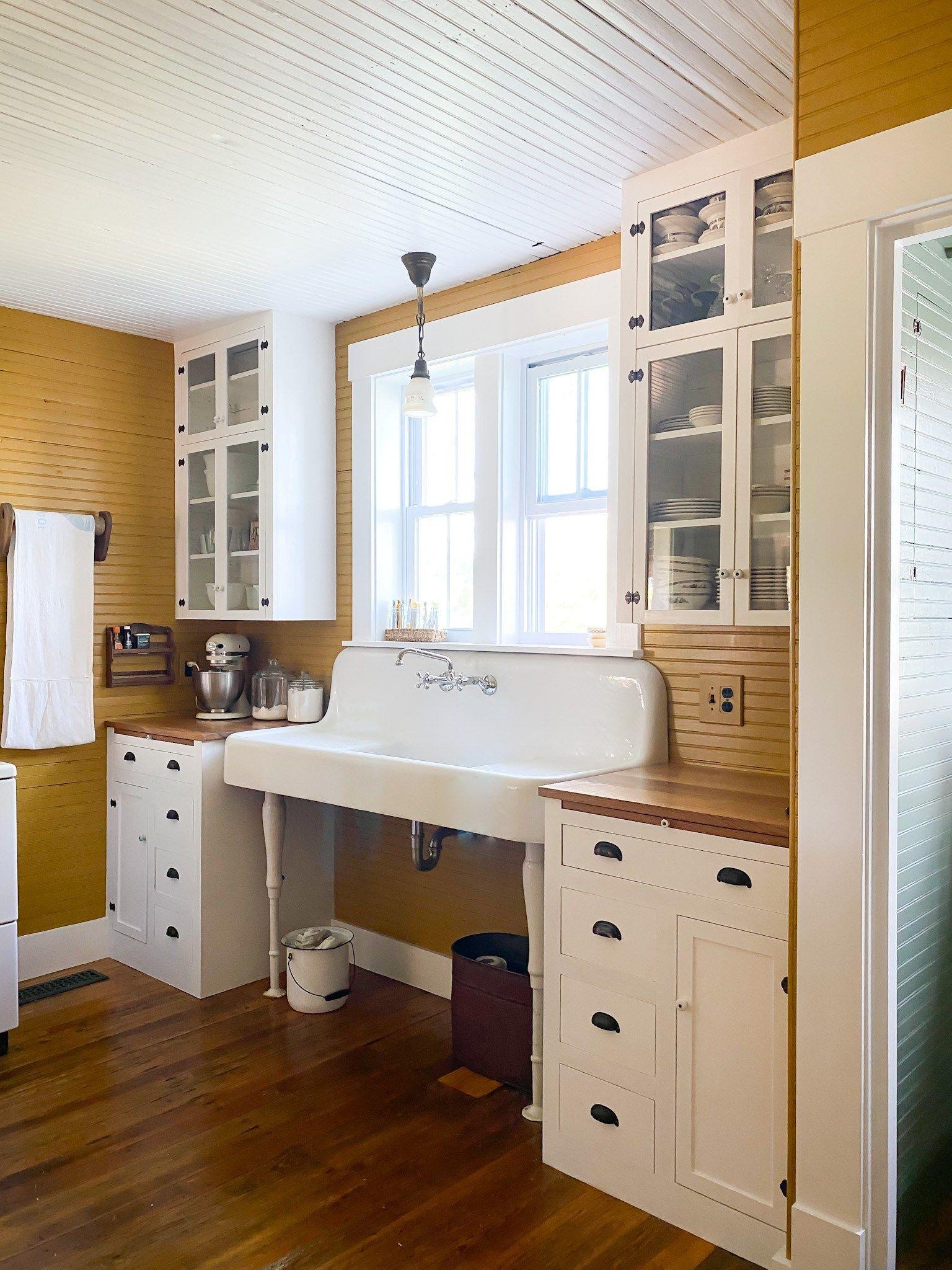 Historic Kitchen Cabinets - Farmhouse Vernacular blog