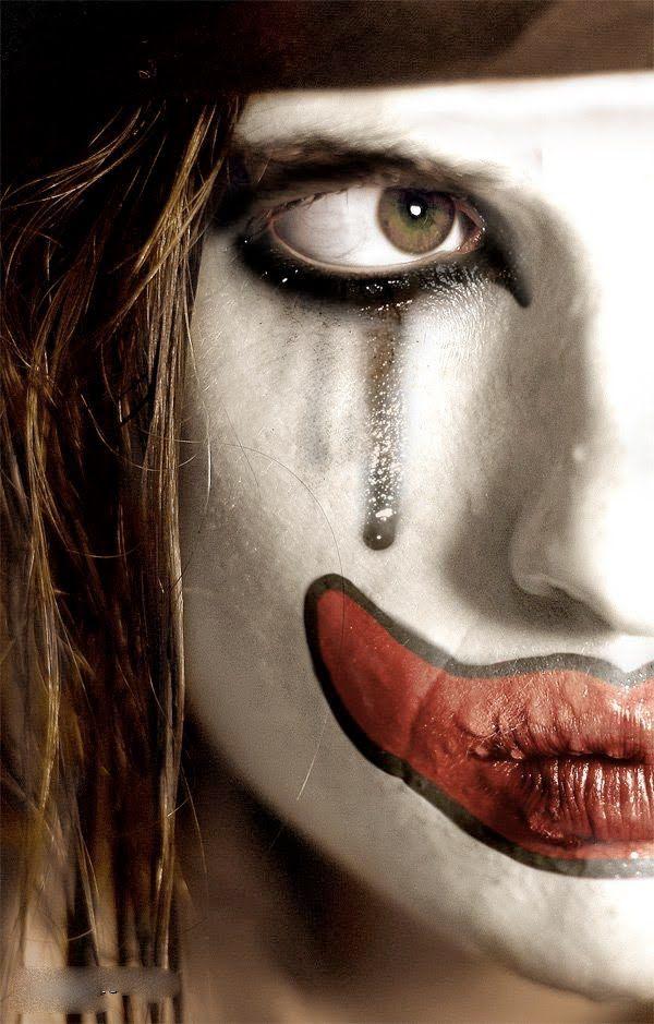 Картинка маска в слезах