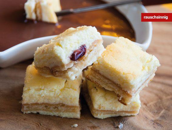 Käsekuchen mit Dip  #Nachtisch #Gebäck #Kuchen #backen #Süßwaren #Rezepte #Schokolade  www.rauschsinnig.de