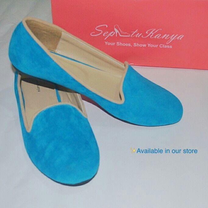 Tubby Blue Sepatu Wanita Berbahan Suede Dengan Warna Biru Yang