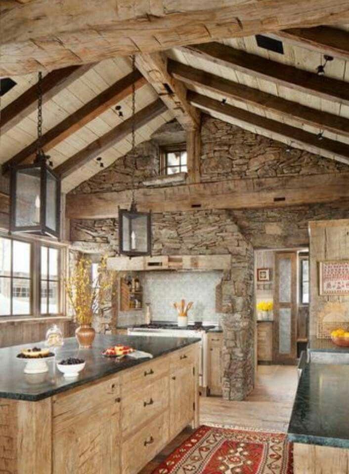 I love the stone and wood mix | Cocinas | Pinterest | Cabañas ...