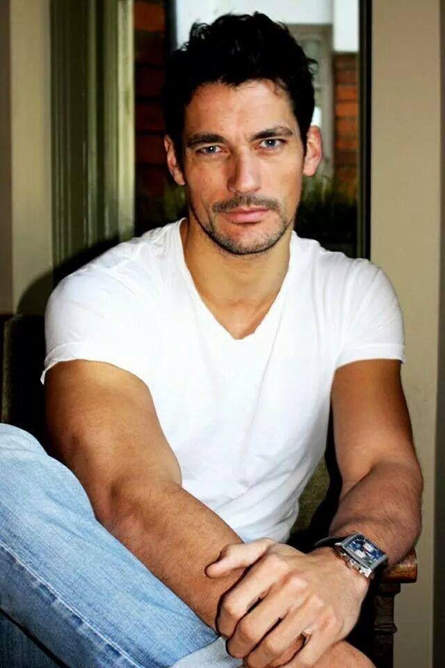 самые красивые актеры италии мужчины фото ворона делает кладку