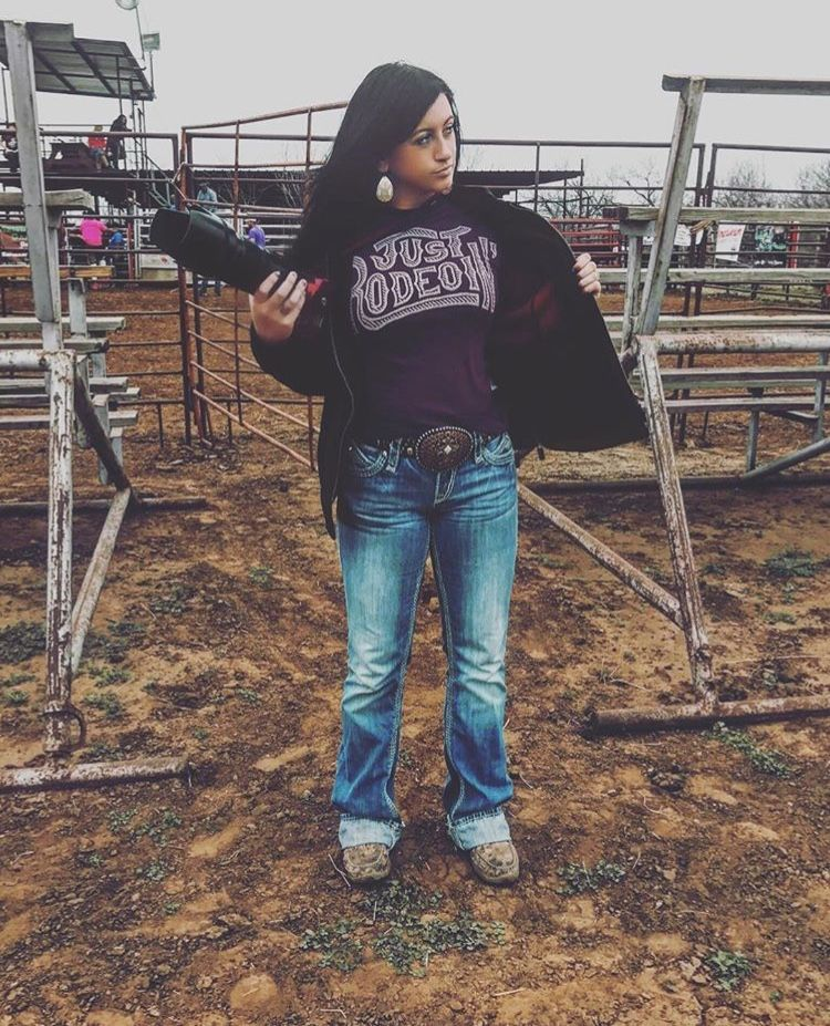 Dale Brisby Just Rodeoin' Graphic Tee