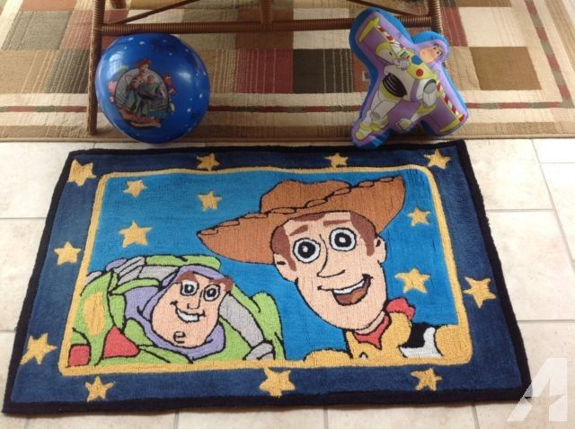 Disney Toy Story Area Rug Buzz Lightyear Throw Pillow And
