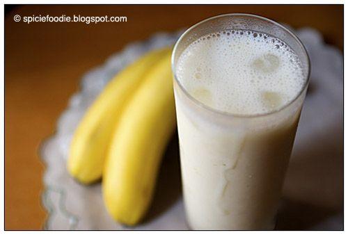 How To Make A Banana Lassi Indian Yogurt Drink Recipe Foodie Blendtec Recipes Banana Recipes
