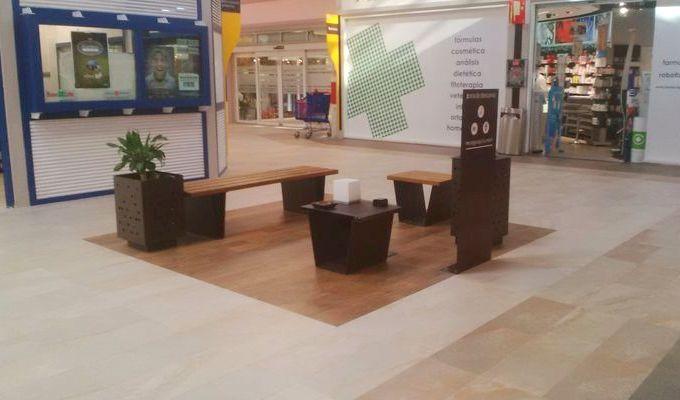 Mobiliario de Kirkus Innova en un centro comercial de Las Rozas #furniture