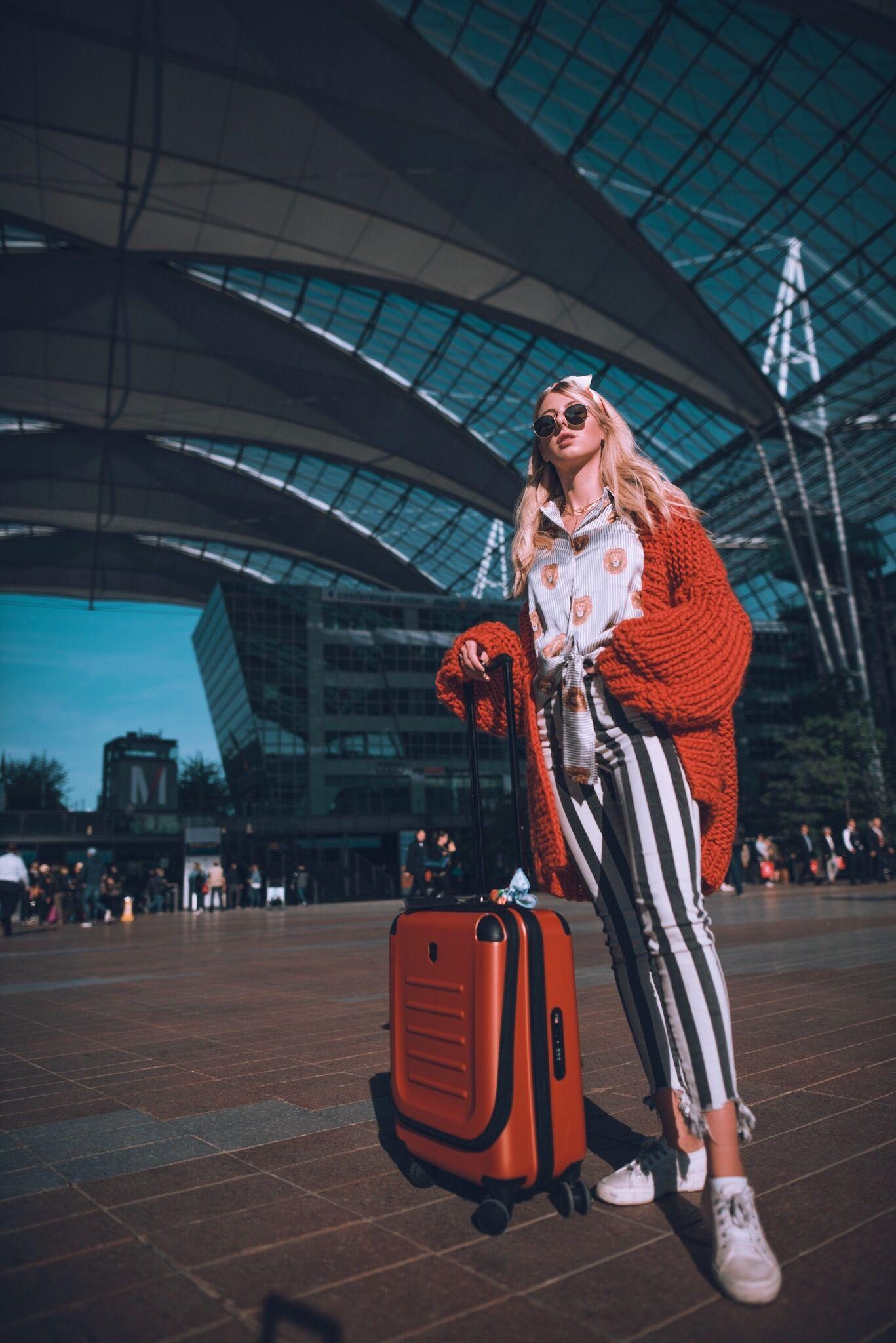 Flughafen München Travel Look Koffer victorinox gestreifte