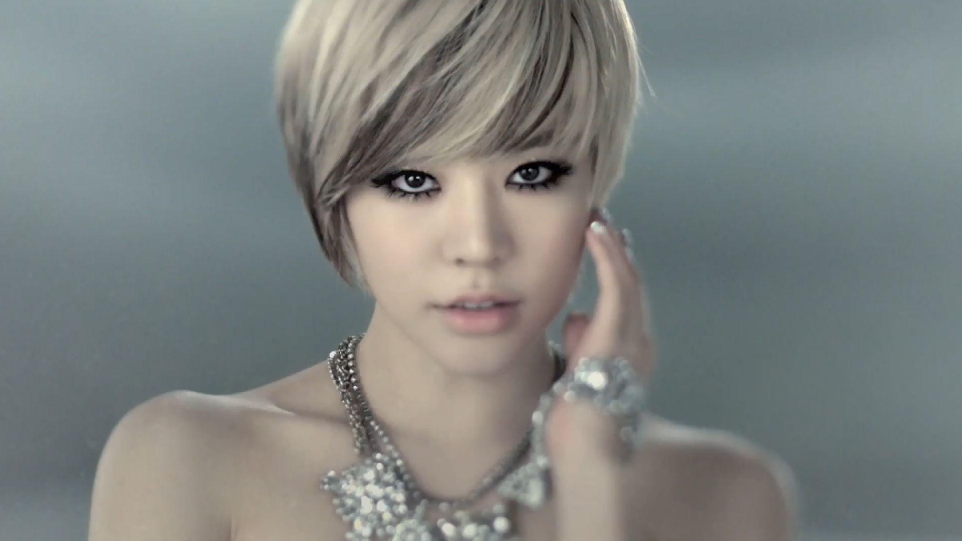 women Girls Generation SNSD short hair Asians Korean K Pop Lee Soon