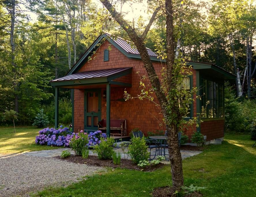 Entire homeapt in freeport us bailiwick cottage is a