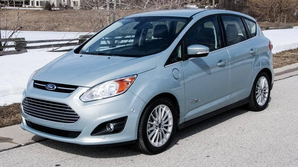 2013 Ford C Max Energi Feels Like The Car Of The Future Review With Images Future Car Car Max