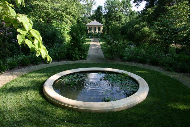 Shade Garden Ideas Hgtv Gardens Accesorios De Agua Para El Jardin Jardines Jardin De Sombra