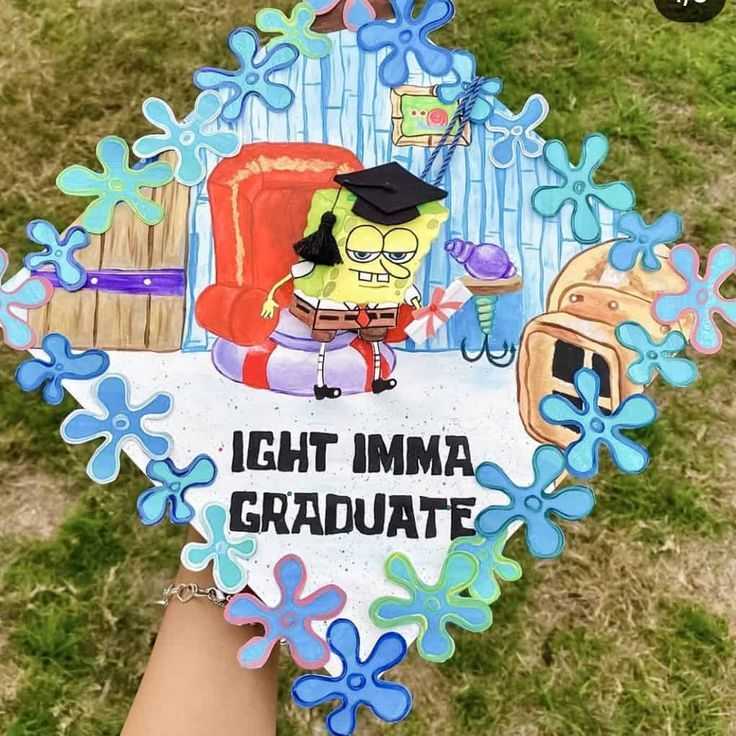 40+ Best Graduation Cap Ideas We're Obsessing Over For This Year