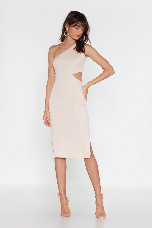 Omzu Acik Elbiseye Sac Modelleri Elbise The Dress Tarz Elbiseler