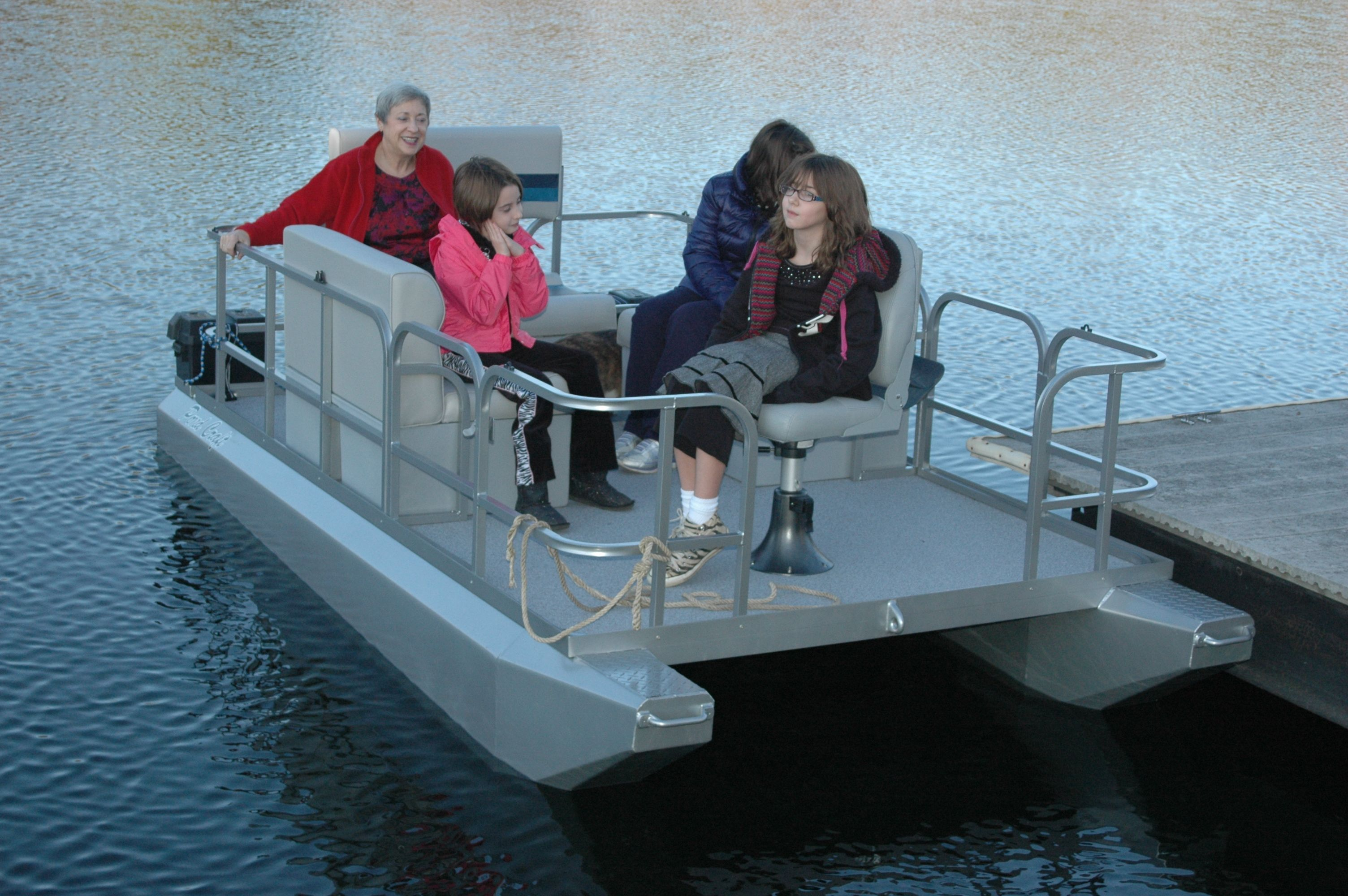 Mini Pontoon Boats Pond