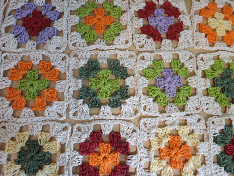 Como crochet cuadrado o granny squares y pegarlos - con Ruby Stedman ...