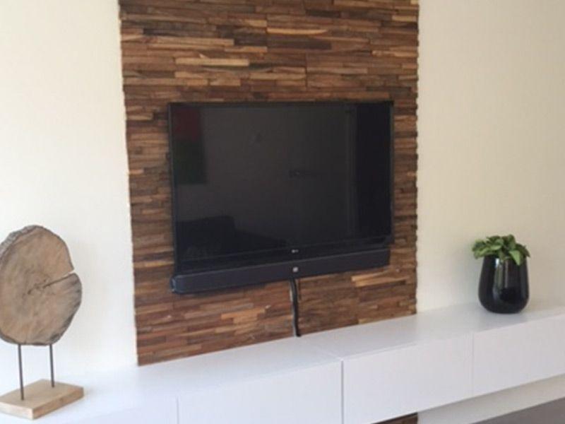 houtstrips baja  wooninspiratie woonkamer  Tv muren