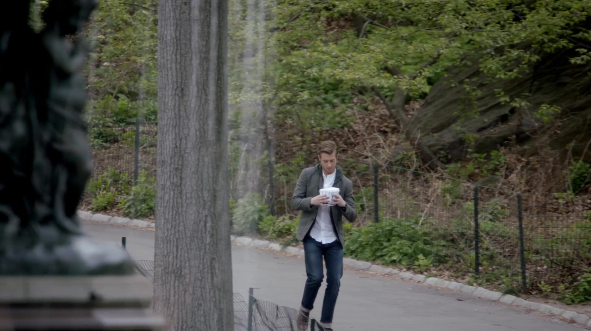 The Angels Take Manhattan The Doctor's heart-breaking farewell to Amy and Rory - a race against time through the streets of Manhattan, as New York's statues come to life…