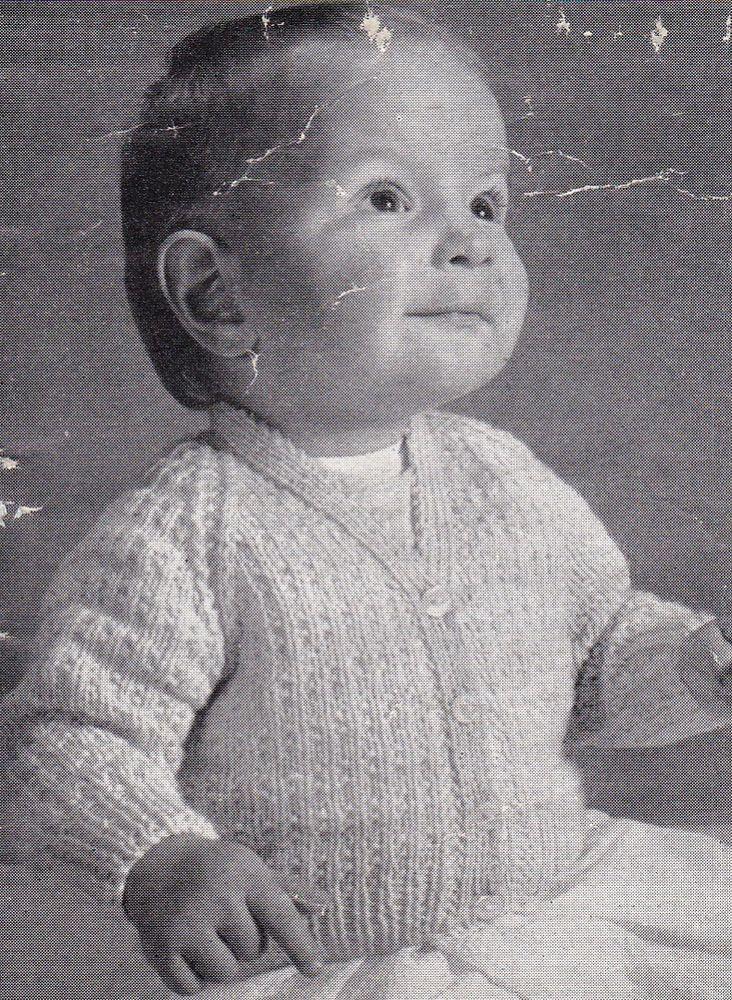 Vintage Knitting Pattern Instructions to Make Babies 6-12 Month Raglan Cardigan