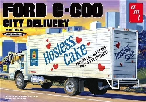 Amt Hostess Ford C600 Delivery Truck 1 25 1139 Plastic Model Kit In 2020 Plastic Model Kits Model Kit Model Cars Kits