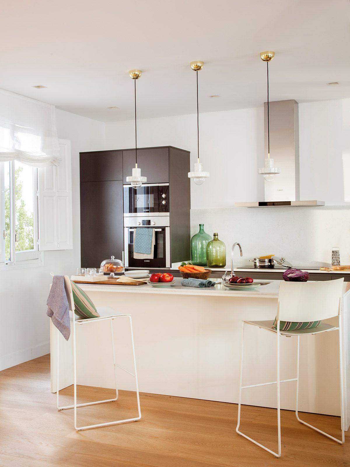 Desayuno comida o cena en la cocina cocinas pinterest for Disenos de cocinas pequenas con barra