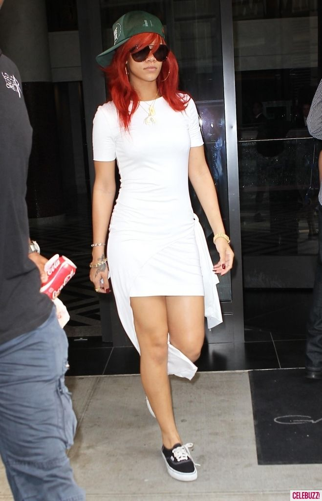 71a12c8bb8 Rihanna s Sexy White Dress   Casual Baseball Cap  Yay or Nay  (PHOTOS)