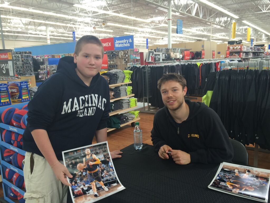 20150328 Collin and Delidova from the Cavs at Walmart in