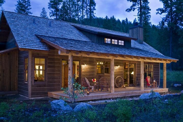 Very Cute Tiny Log Cabin In Montana By Montana Build