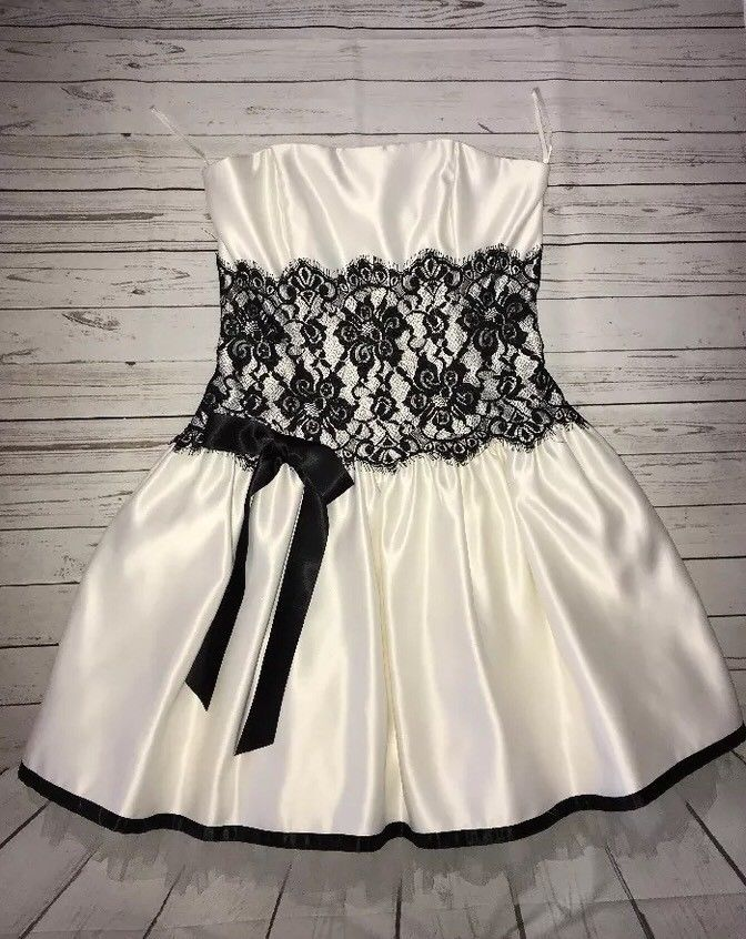 ec74d525314 Cool Amazing Jessica McClintock Ivory and Black Lace Strapless Prom Party  Dress Size 10 2018 Check