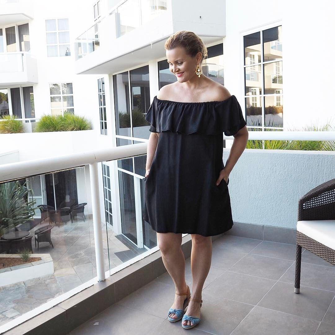 Wearing Nicole Fendel Earrings Zara Dress Airflex Wedges Casual Chic Outfit Beach Wedding Outfit Wedding Guest Style [ jpg ]