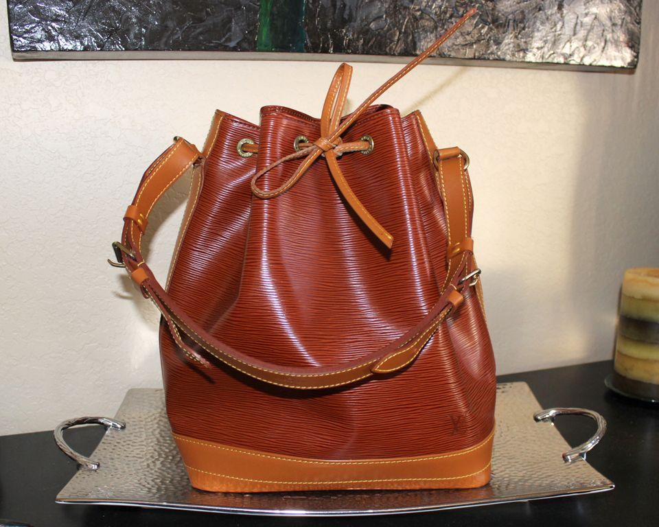84b812ca4a32 Louis Vuitton Epi Noe GM Bag