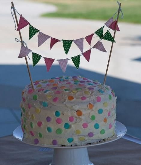 decoracion tarta infantiles banderillas Pepa Pinterest Fiestas